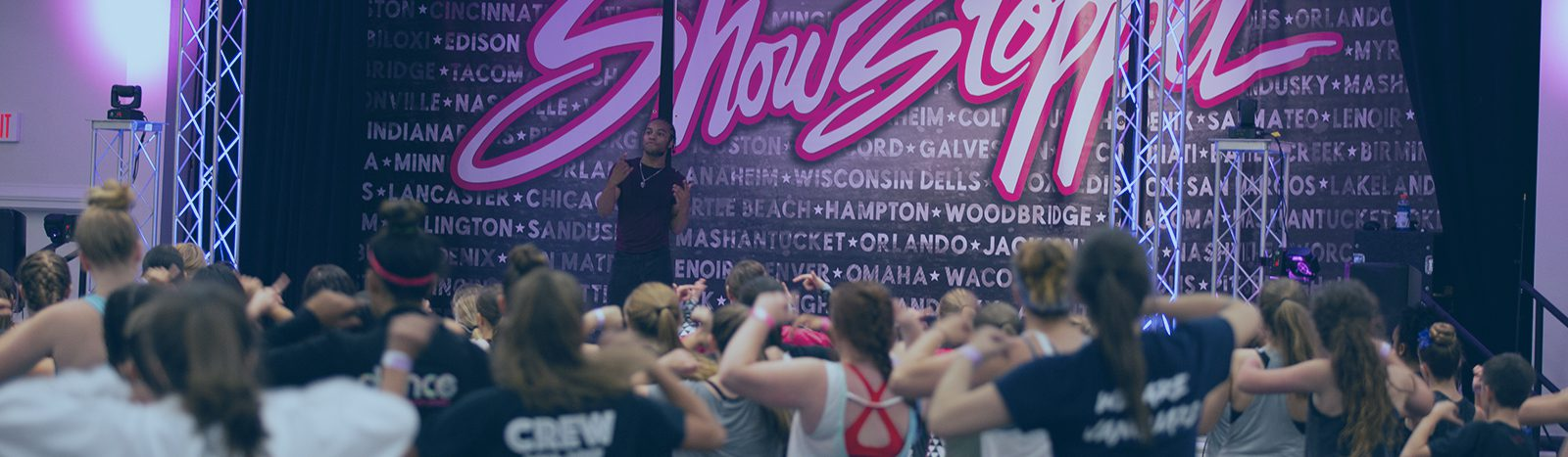 fikshun teaching at showstopper dance convention
